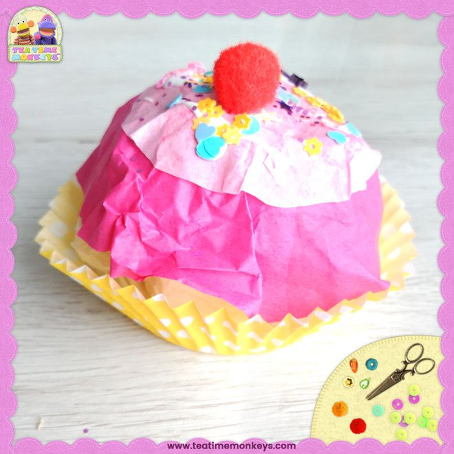 Easy Cupcake Craft – Play Food