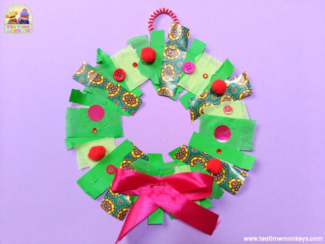 Easy Christmas Wreath Craft for Preschoolers - Step 8 - Tea Time Monkeys
