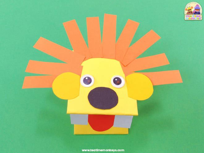 Paper Lion Hand Puppet Craft - Step 4 - Tea Time Monkeys